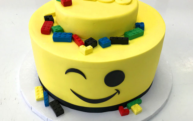 lego custom birthday cake