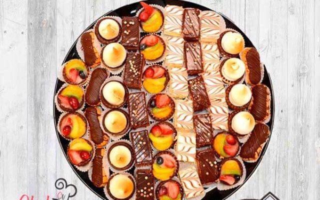 mini-pastries-kosher-platter