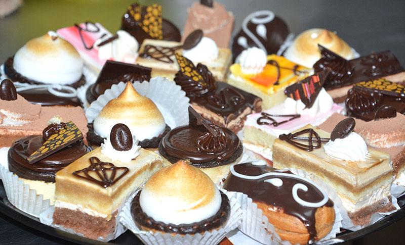 mini-pastries-kosher-bakery-chefness