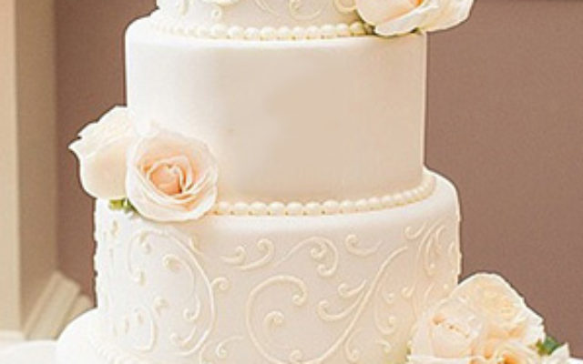 wedding-white-cake-chefness-bakery-kosher