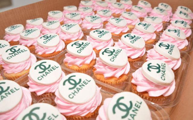 custom-kosher-cupcakes-chefness-bakery