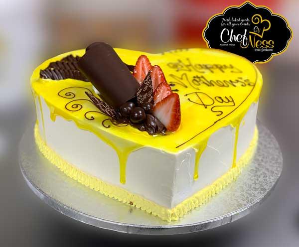passion-fruit-heart-cake-chefness-bakery