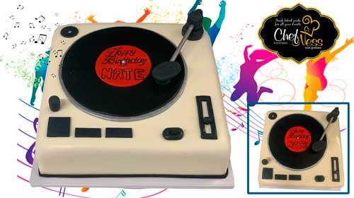 music-brithday-custom-cake-chefness-bakery-web